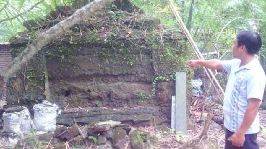 Ngôi mộ cổ kì bí, tương truyền có vàng ở Bến Tre