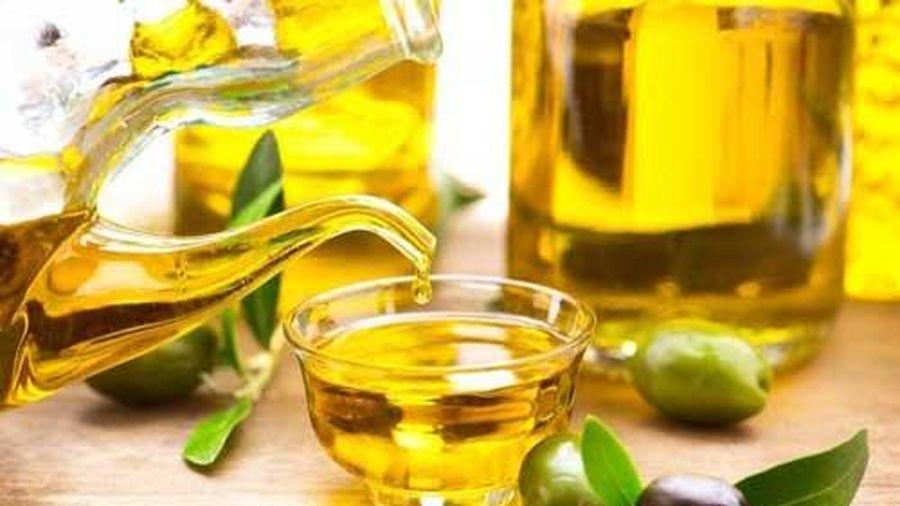 Tại sao sử dụng dầu oliu lại tốt cho tóc?