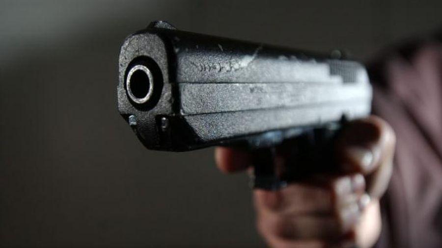 Vĩnh Phúc: Khởi tố đối tượng cầm súng dọa giết hàng xóm