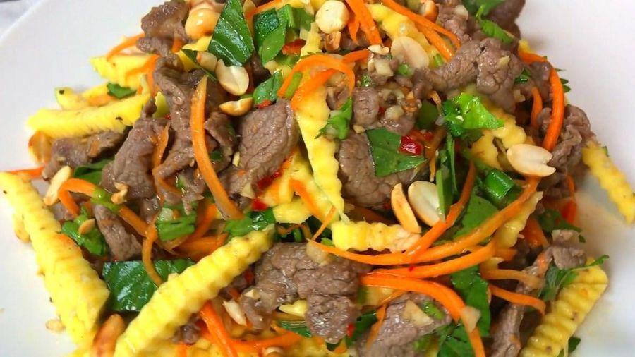 Món ngon mỗi ngày: Cách làm nộm xoài xanh bắp bò
