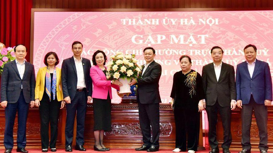 Gặp mặt các đồng chí Thường trực Thành ủy, Ủy viên Ban Thường vụ Thành ủy Hà Nội khóa XVI