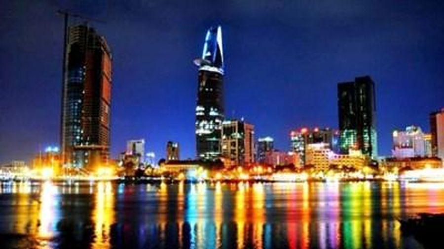Việt Nam được đánh giá là điểm sáng về phòng dịch và phát triển kinh tế