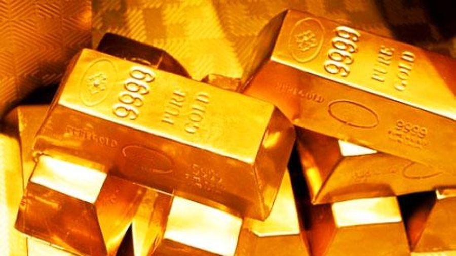 Giá vàng thế giới giảm mạnh, trong nước xuống dưới 56 triệu đồng/lượng