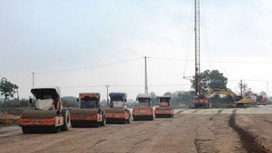 Chuẩn bị khởi công 2 dự án thành phần trên tuyến cao tốc Bắc-Nam
