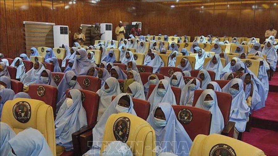 Nigeria ban bố lệnh giới nghiêm tại địa phương xảy ra vụ bắt cóc nữ sinh