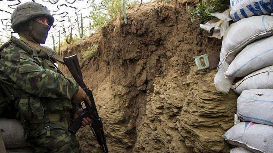 Lực lượng vũ trang Ukraine đã bắn hơn một trăm quả đạn các vị trí của DPR trong 6 giờ