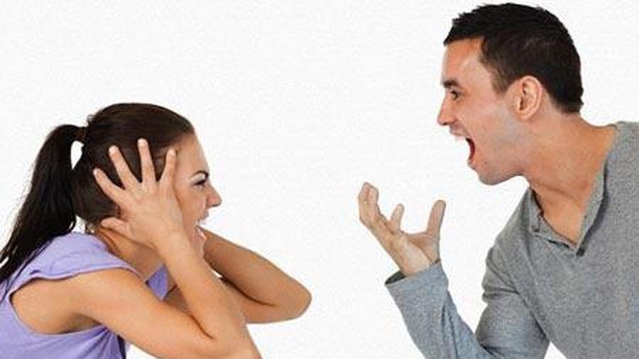 Sống trong cuộc hôn nhân của mình, nhưng cứ dòm sang nhà hàng xóm thì chỉ có thất vọng