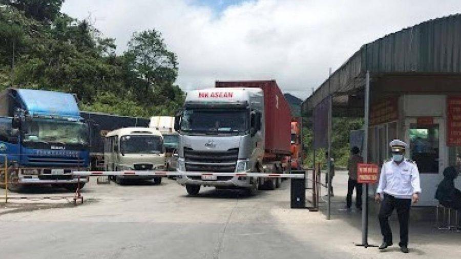 Xử nghiêm xe vận tải quá thời hạn tạm nhập từ Lào chưa tái xuất