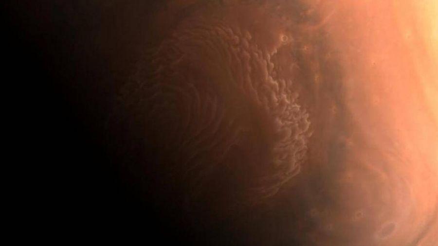Trung Quốc bất ngờ công bố ba hình ảnh đặc biệt về sao Hỏa