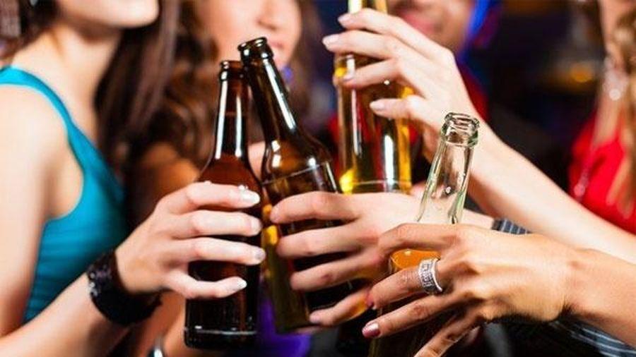 Không được phép uống rượu, bia tại 9 địa điểm sau