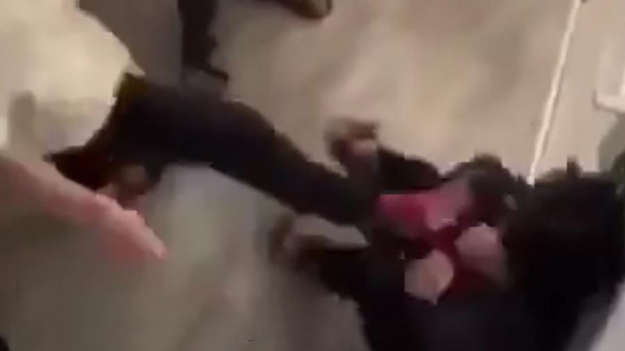 Đắk Lắk: Nhóm học sinh đánh bạn ngay trong trường