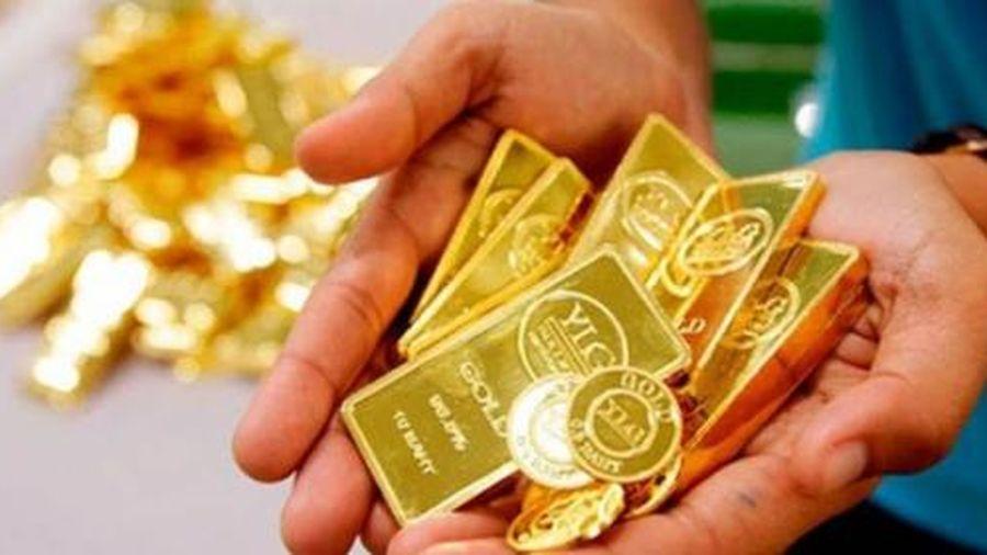 Giá vàng tiếp tục suy giảm do lợi suất trái phiếu tăng