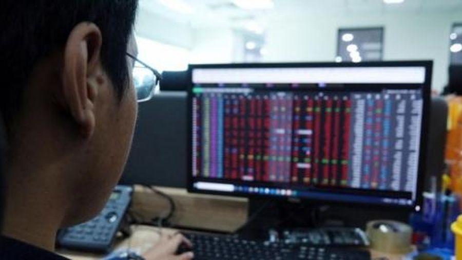 Bất chấp nghẽn lệnh, giá trị giao dịch trên HoSE vẫn đạt 16.800 tỷ đồng