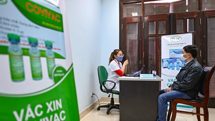 Hàng trăm người đăng ký tiêm thử nghiệm vaccine Covid-19 ở Hà Nội
