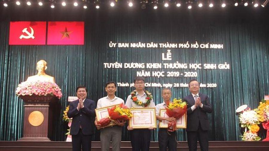 TP.HCM: Đề xuất mức thưởng 200 triệu đồng cho HS đạt giải Vàng quốc tế