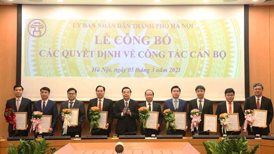 Hà Nội trao quyết định bổ nhiệm nhân sự chủ chốt nhiều sở, ngành