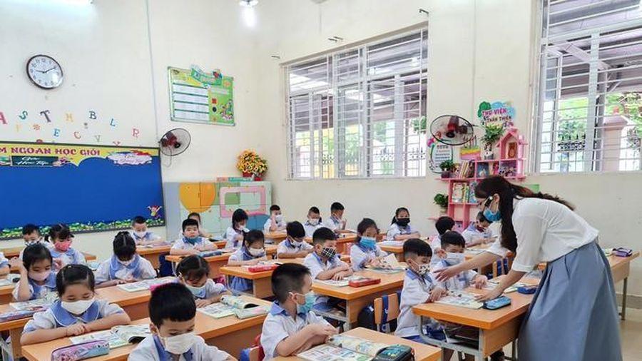 Năm 2021 tiền lương, phụ cấp thâm niên giáo viên chưa có gì thay đổi