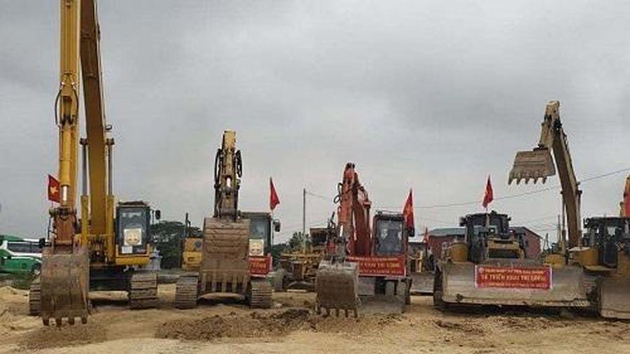 Bộ GTVT chốt thời gian khởi công 2 dự án cao tốc Bắc - Nam