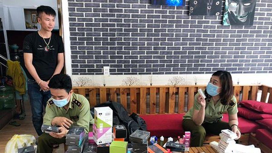 Đà Nẵng: Kiểm tra đột xuất 3 địa điểm, tạm giữ gần 3.500 sản phẩm thuốc lá điện tử, người mua chủ yếu là học sinh