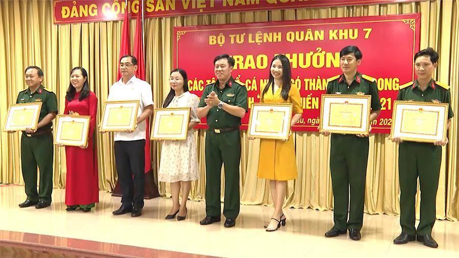 Khen thưởng thực hiện chương trình 'Xuân chiến sĩ' năm 2021