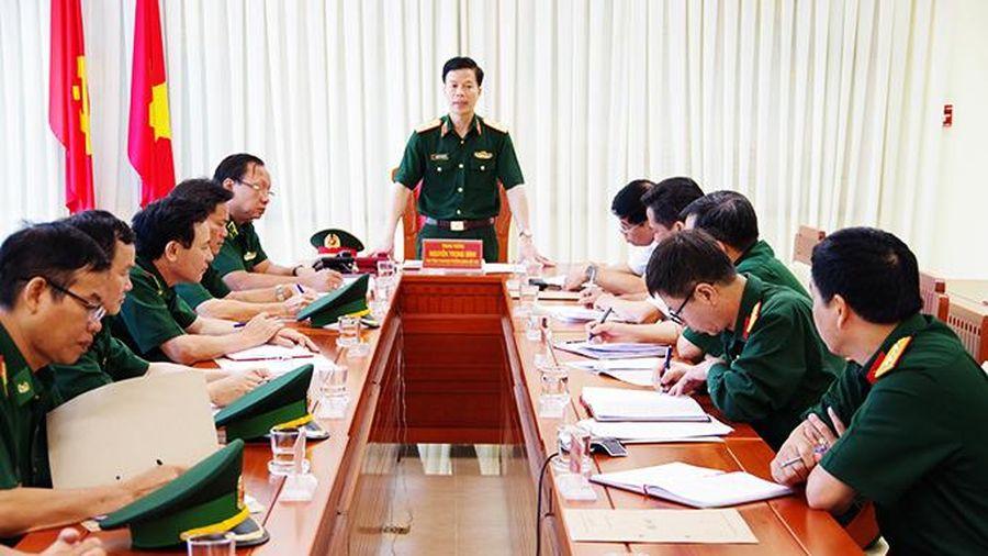Trung tướng Nguyễn Trọng Bình làm việc tại Bộ Chỉ huy Bộ đội Biên phòng tỉnh