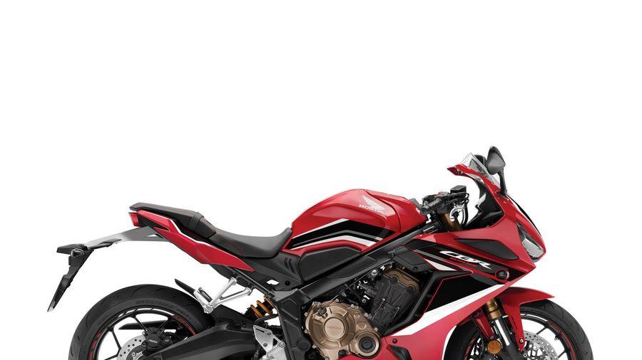 Honda trình làng 3 phiên bản mô tô phân khối lớn tại thị trường Việt Nam
