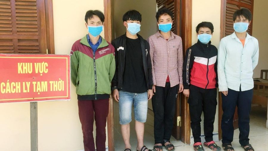 Phát hiện, bắt giữ 5 người nhập cảnh trái phép vào huyện Nam Giang, tỉnh Quảng Nam