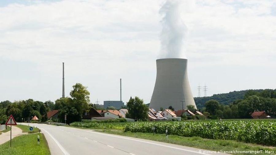 Đức đền bù 2,9 tỷ USD để các công ty đóng cửa nhà máy điện hạt nhân
