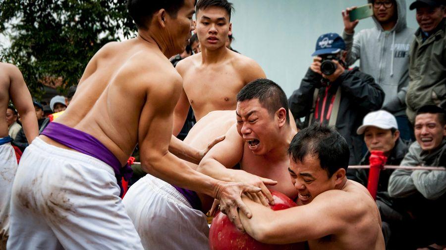 Lễ hội vật cầu làng Thúy Lĩnh