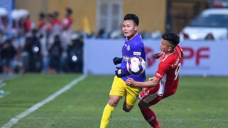 Bị chấn thương dây chằng, Quang Hải có thể sẽ phải bỏ trận đấu gặp CLB Hải Phòng
