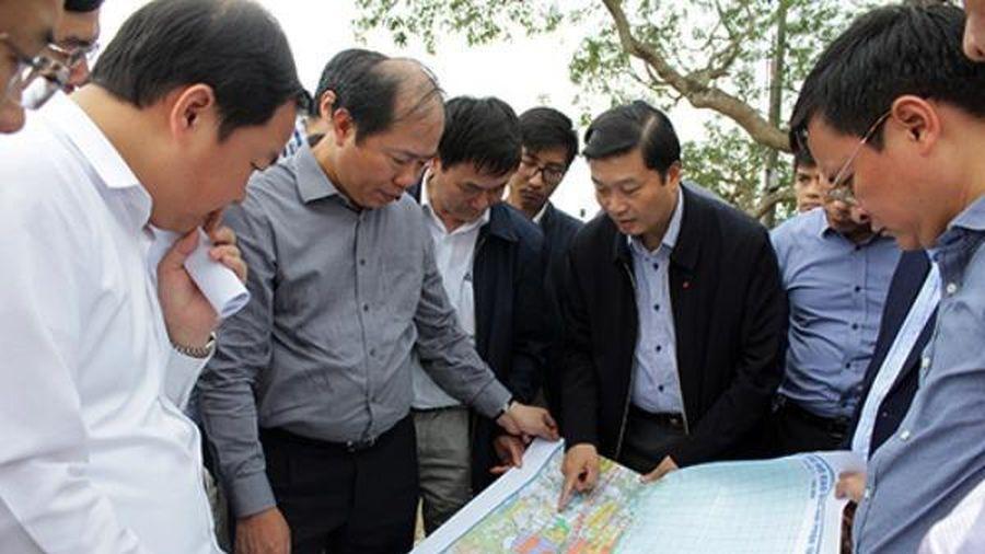 Khảo sát vị trí chuẩn bị xây dựng ga hàng hóa tại Nghệ An