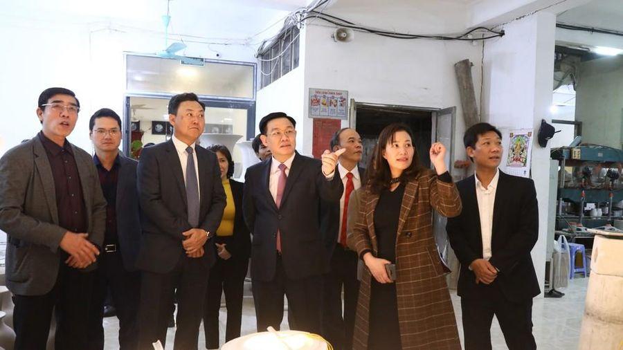 Bí thư Hà Nội: Đừng để huyện thành quận rồi mà phải xử lý vấn đề trầm kha