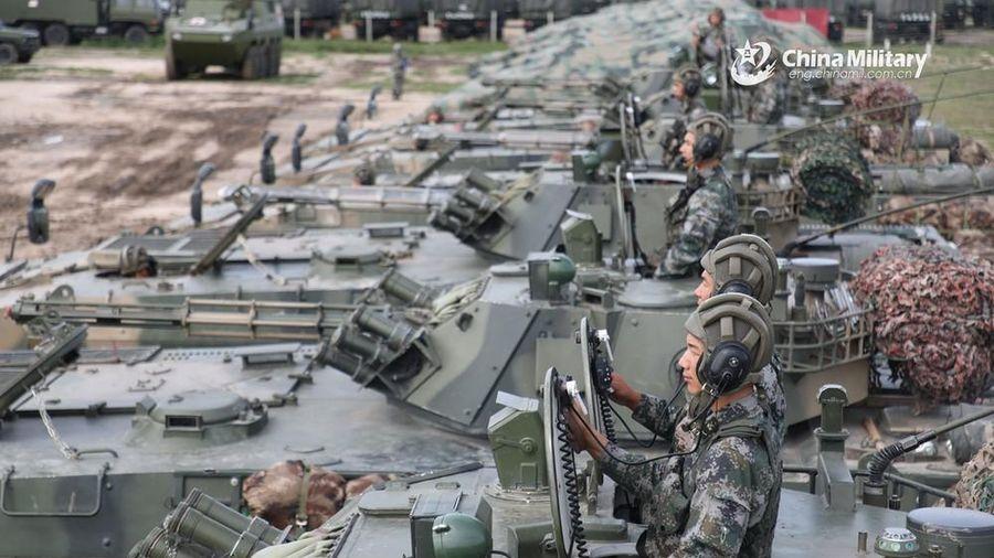 Trung Quốc tiếp tục tăng ngân sách quốc phòng