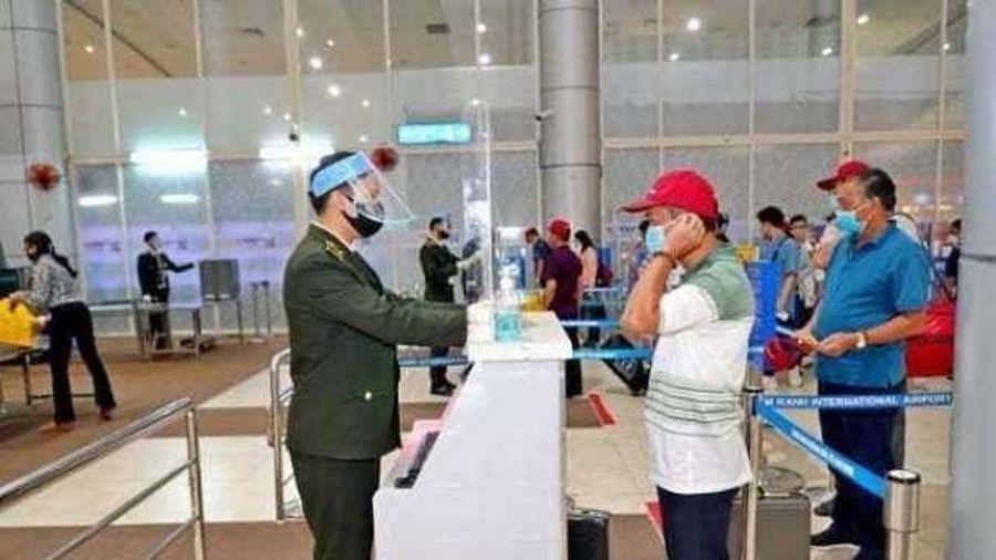 Yêu cầu hành khách nghiêm túc thực hiện khai báo y tế điện tử trước chuyến bay