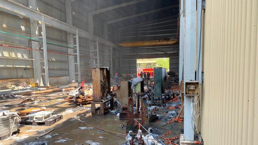 Cháy lớn tại Công ty TNHH MTV Tôn Hoa Sen
