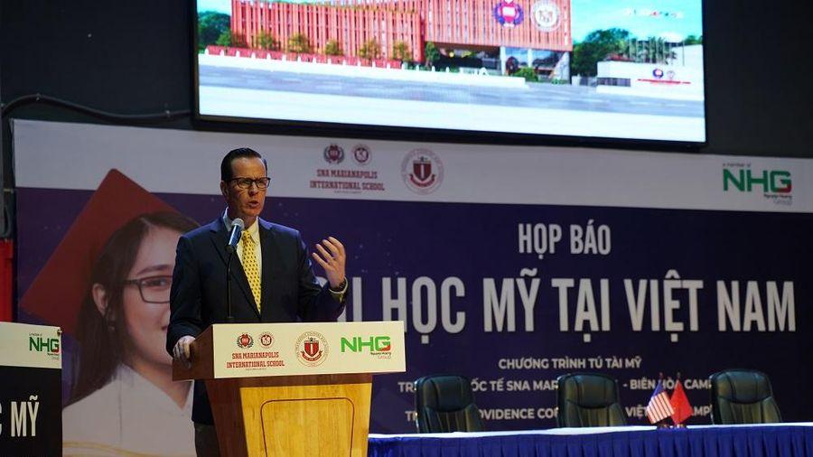 Học Việt Nam, nhận bằng tú tài Mỹ