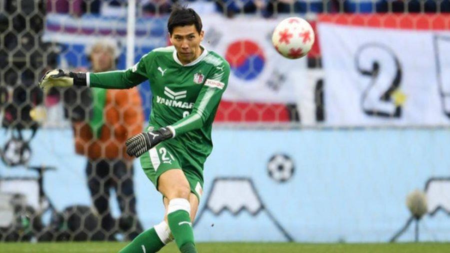 Đặng Văn Lâm bỏ lỡ cơ hội vàng ở Nhật Bản khi Cerezo thua 6 bàn 2 trận