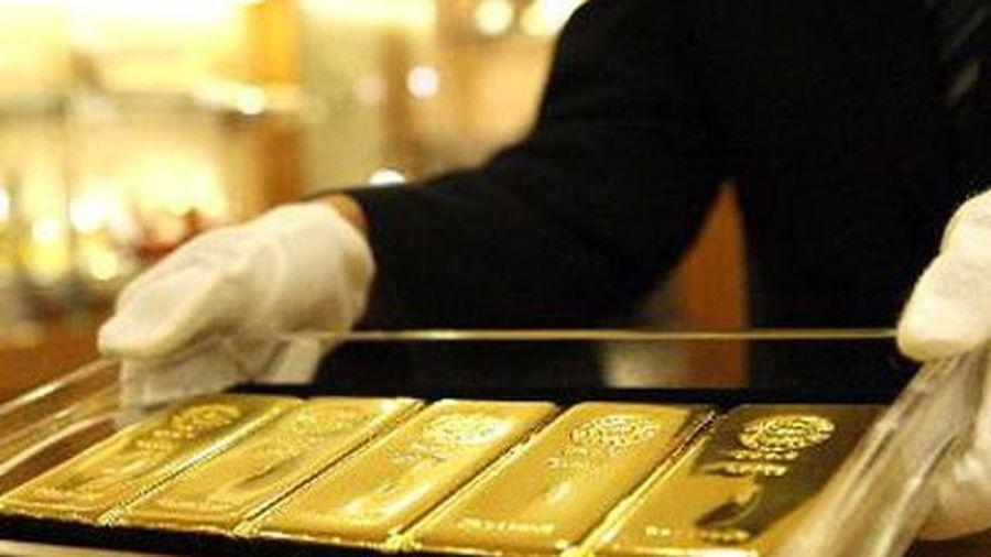 Giá vàng hôm nay 6/3: Giá vàng trong nước lao dốc, vẫn đắt hơn thế giới 8,5 triệu đồng/lượng