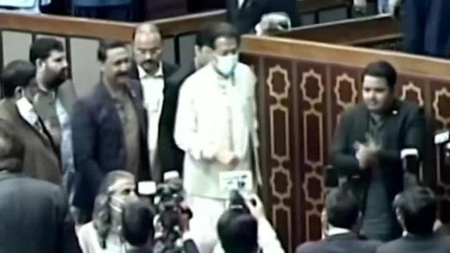 Thủ tướng Pakistan giành chiến thắng trong cuộc bỏ phiếu tín nhiệm