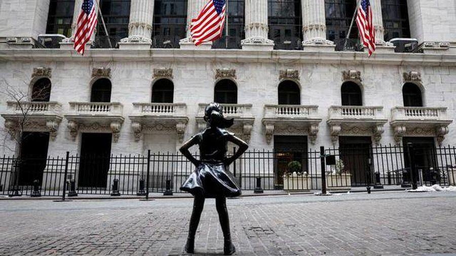 Chứng khoán Mỹ bất ngờ đảo chiều tăng mạnh dù lợi suất trái phiếu lập đỉnh mới
