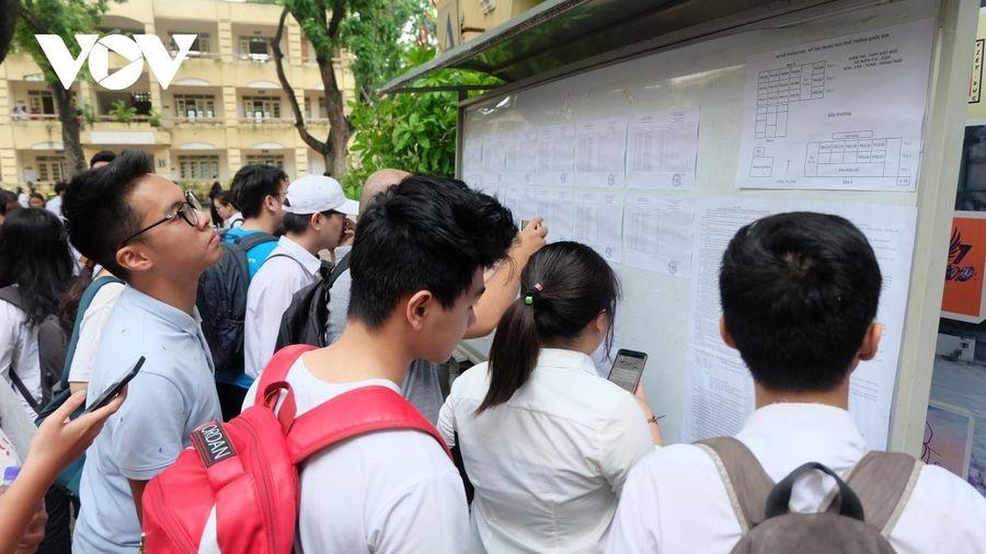 Bỏ hộ khẩu giấy, phương án tuyển sinh lớp 10 Hà Nội có còn phù hợp?