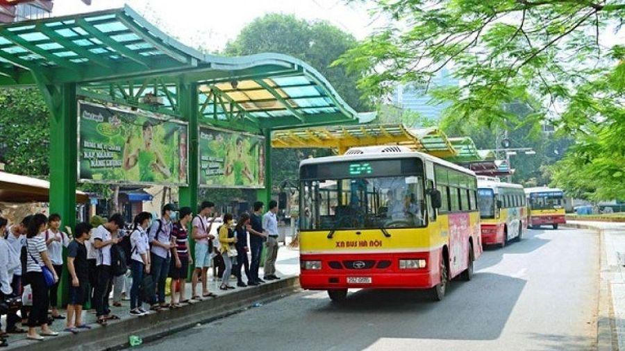 Hà Nội 'tháo' giãn cách trên các phương tiện vận tải hành khách công cộng