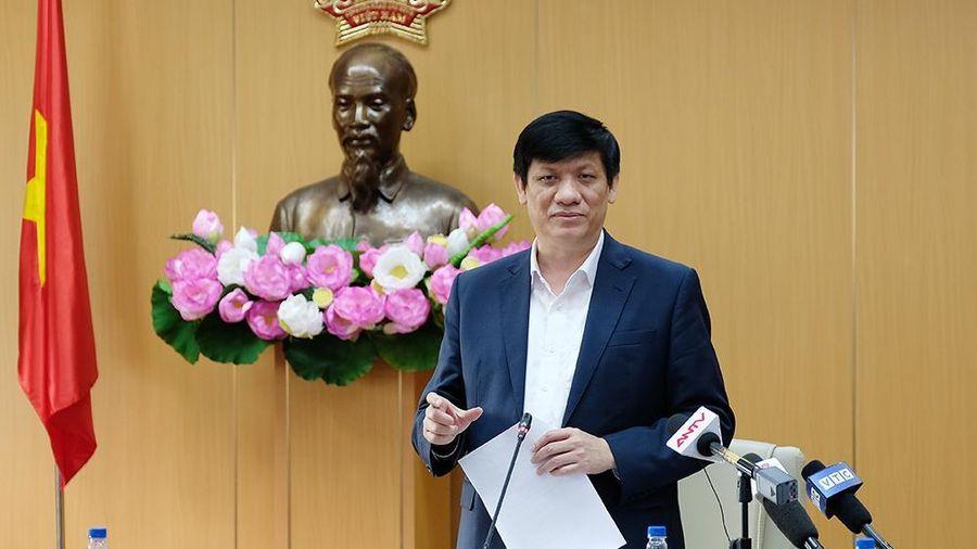 Bộ trưởng Y tế: Tiêm vaccine không thể đảm bảo phòng COVID-19 được 100%