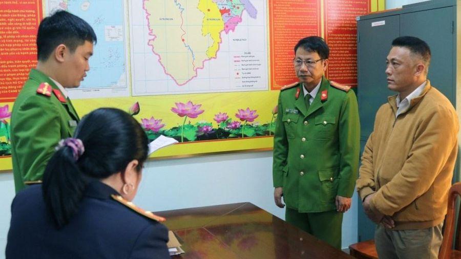 Khởi tố trạm trưởng trạm bảo vệ rừng