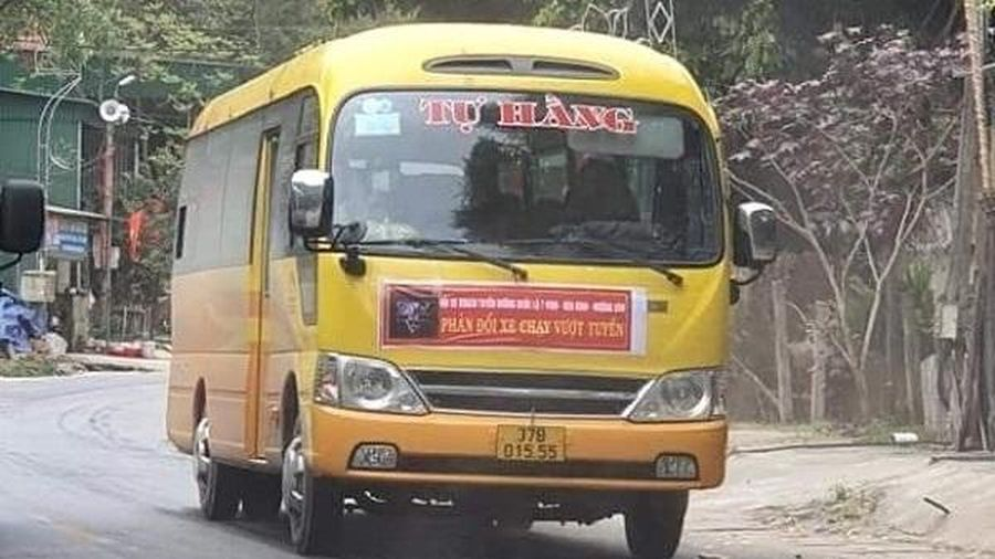 Xe khách tuyến cố định ở Nghệ An dừng chạy để phản đối ''xe dù'' đã hoạt động trở lại
