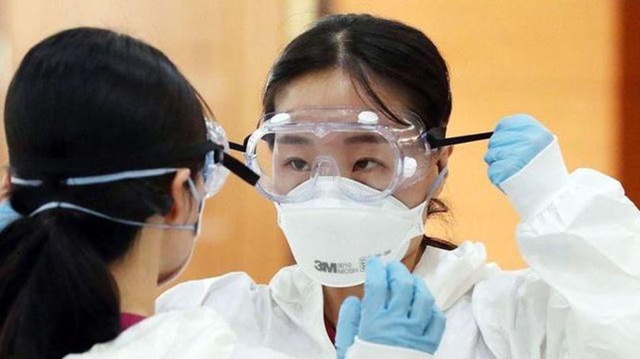 Hàn Quốc: Học sinh phổ thông muốn làm bác sĩ vì... Covid-19