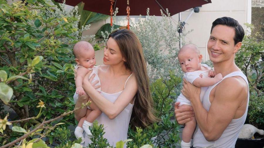 Những khoảnh khắc 'ngọt lịm' của Hà Hồ- Kim Lý và cặp song sinh