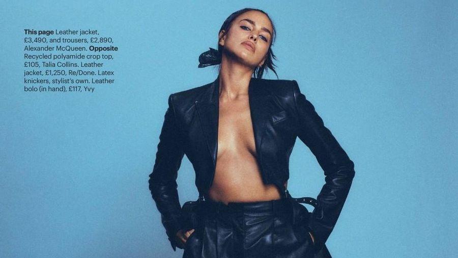 Siêu mẫu Nga Irina Shayk chụp ngực trần nóng 'bỏng mắt'