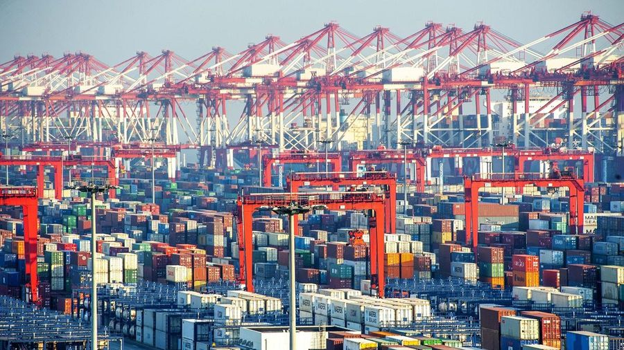 Trung Quốc: Hoạt động xuất nhập khẩu 'bứt phá' với những kỷ lục mới