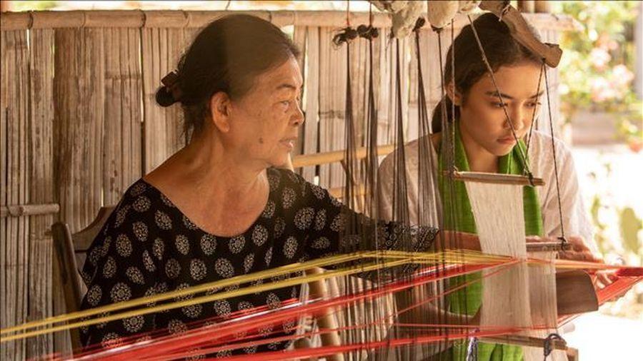 Người đưa thổ cẩm truyền thống vươn ra thế giới